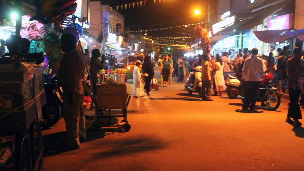 VV Puram food street